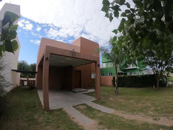 Alquilo Casa De 2 Dormitorios, Villa Catalina 1° Etapa