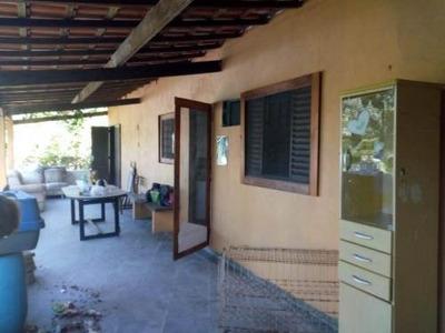 Chácara Em Itanhaém Com 2 Quartos E 2000 M2 - 5002/p