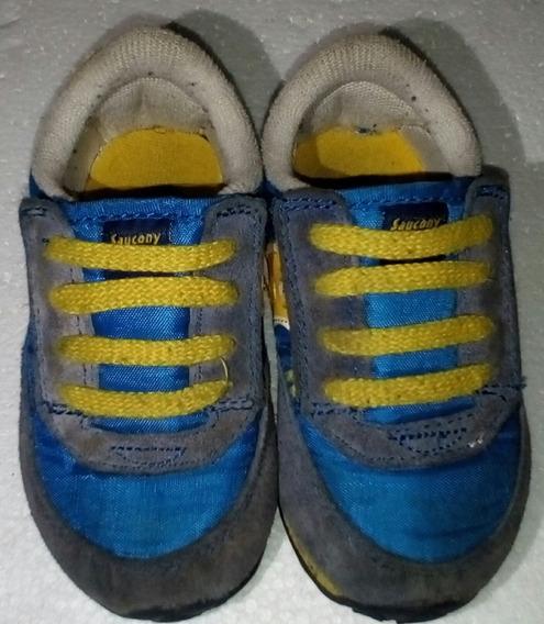 Zapato Saucony.