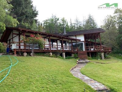 Casa En Arriendo De 7 Dormitorios En Vichuquén