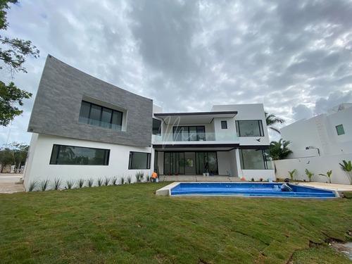 Imagen 1 de 26 de * Casa En Venta En Lagos Del Sol Cancun
