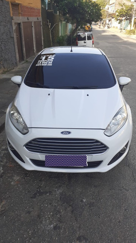 Ford Fiesta 1.6 16v Se Flex Powershift 5p 2015