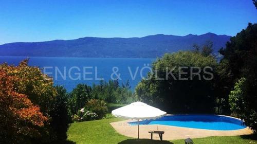 Casa Con Vista Al Lago Villarrica.