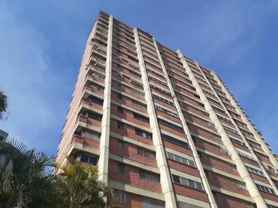 Apartamentos En Venta La Florida 20-3656 Rah Samanes