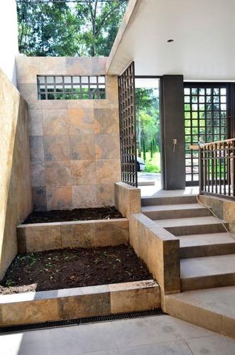 Av1420.9- Estrene Residencia En Lomas De La Hacienda. Hermosas Vistas