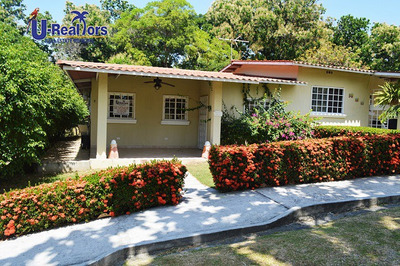 Nice Villa In Las Lajas Only $130,000