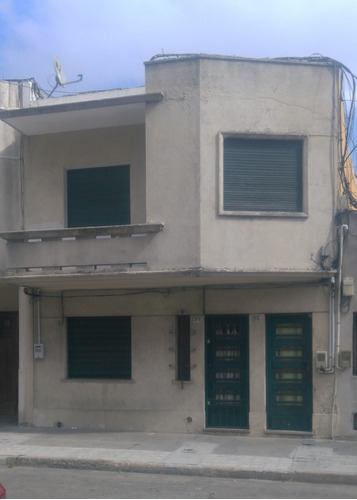Casa De Altos 2 Dormitorios A 1/2 Cuadra De 8 De Octubre P/h