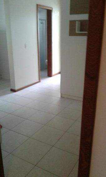 Kitnet Em Trindade, Florianópolis/sc De 25m² 1 Quartos Para Locação R$ 735,00/mes - Kn318811