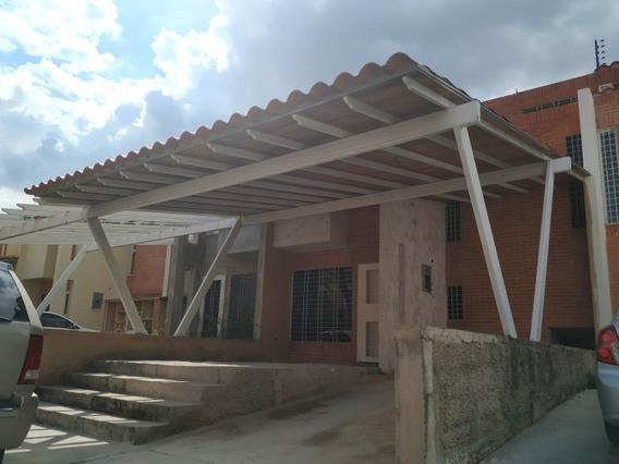 Arturo Parra Vende Remax 0412-493-5118 Townhouses En Venta