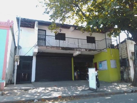 Edificio Comercial Y Residencial En Margarita 0412-0934406