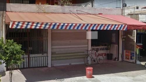 Casa Con Locales Comerciales Por Mercado Felipe Angeles