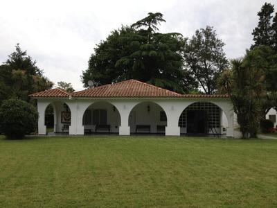 Hermosa Quinta-se Escuchan Propuestas-digna De Ver-presupues
