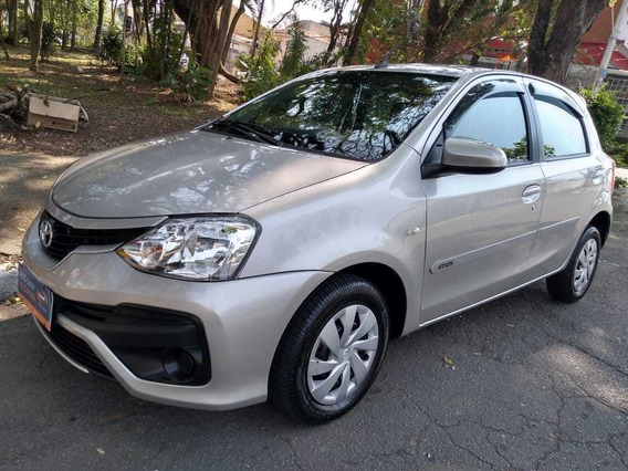 Toyota Etios Xs 1.5 - Automatico (2018)