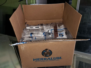 Pack 4 Cajas Broche Para Ventana Aluminio