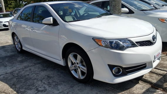 Toyota Camry Se Blanco 2014