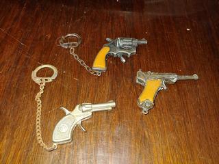 Lote De Chaveiros Em Formato De Armas Espoleta