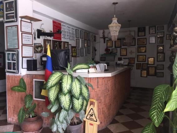 Vendo Lindo Hotel Ocumare De La Costa Edo Aragua 04145887434