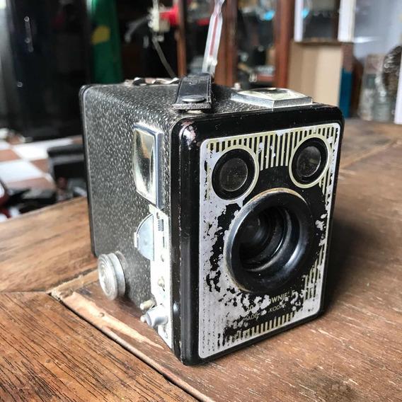 Maquina Fotográfica Kodak Brownie Antiga Caixão