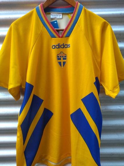 Camiseta adidas Selección Suecia Talle 3 adidas Talle M.