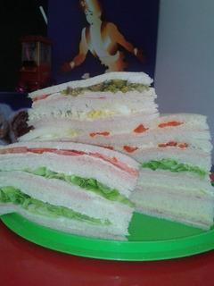 Sandwich De Miga Y Lunch