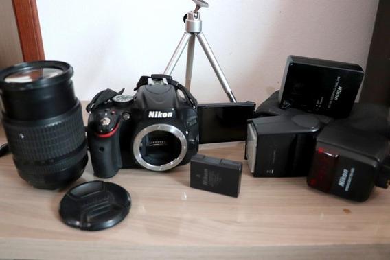 Desapego: Nikon D5100+kit18-105+flash Nikon Sb600+tripé Mesa