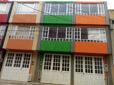 Casa En Venta En Bogota, Bosa Primavera