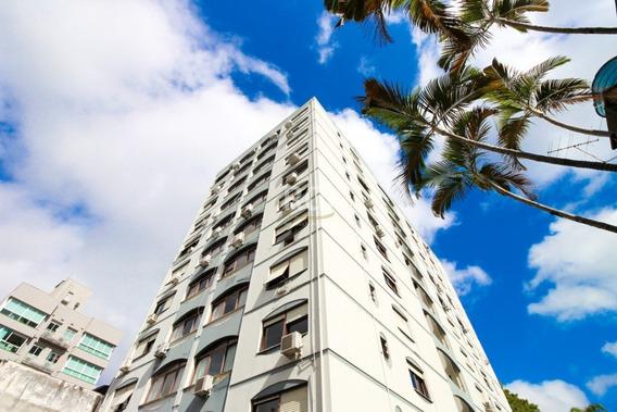 Apartamento Em Petrópolis Com 3 Dormitórios - Ko13046