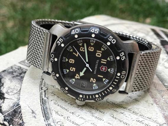 Reloj Victorinox Vintage Cuarzo Acero Bisel Negro