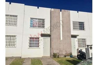 Casa Renta Fraccionamiento Viñedos En Corregidora