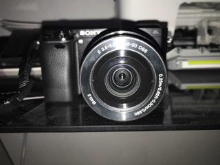 Sony Alpha Ilce-6000 Kit Con Lente 16-50 Y 55-210mm