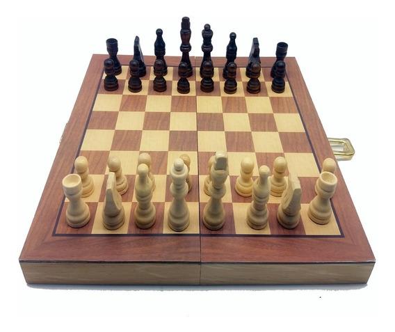 Jogo De Xadrez Com Peças E Tabuleiro Em Madeira Profissional