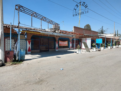 Terreno Con Hotel A Pie De Autopista En San Juan Del Río