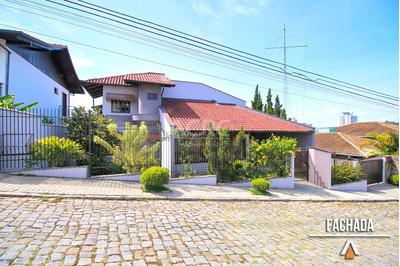 Acrc Imóveis - Casa Com 04 Dormitórios Sendo 01 Suíte Master, Ampla Piscina - Ca00851 - 33587415