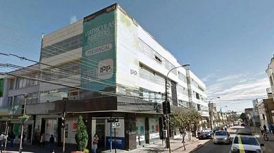Edificio Comercial / Centro