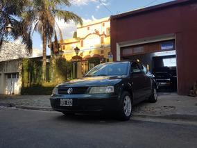 Volkswagen Passat 1.8t Año 1999, 154.000km $118.000 Pesos