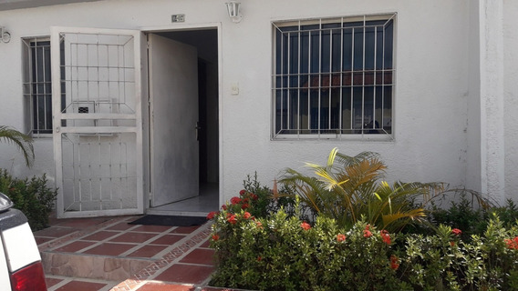Town-house De 58 M2 En Cocomango, Tucacas