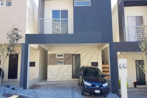 Casas En Venta En Prados Del Sol, Santa Catarina