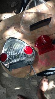 Calavera Trasera Yamaha Crypton 110 Original Completa