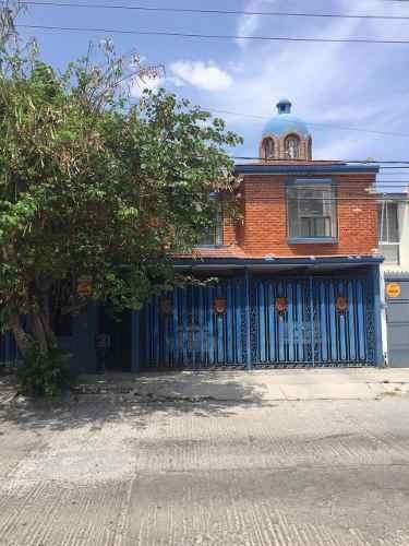 Casa En Venta En Fraccionamiento Tangamanga, San Luis Potosí