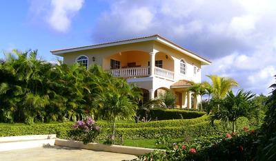 Villa De Venta Código Gvv-001