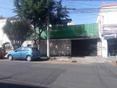 Oficina En Renta En Zona Comercial Sobre Av. Claveria, Azcapotzalco, Cdmx.