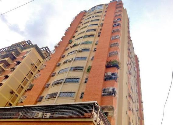 Apartamento Venta Zona Centro De Maracay Cód: 20-18428 Mfc