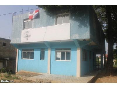 Edificio Comercial En San Cristobal