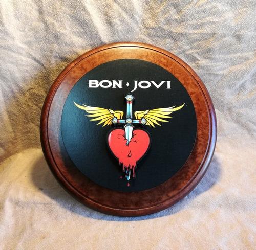 Cartel De Bon Jovi 26cm De Diametro Madera.