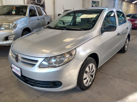 Volkswagen Voyage 1.6 Confortline Año 2011