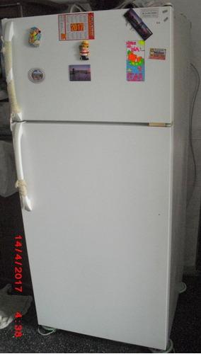 Heladera Con Freezer Frio Seco Americana.