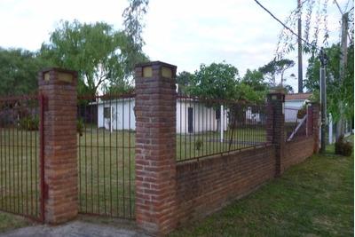 Casa + Parrillero Techado Con Habitacion.apta Banco
