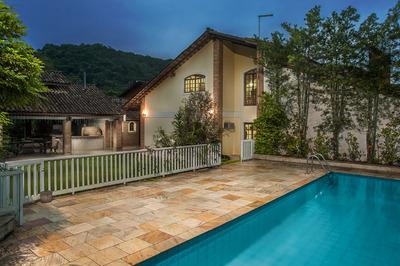 Belíssima Casa Em Condomínio No Guarujá!!!