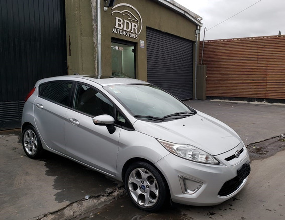 Impecable Ford Fiesta Kinetic Titanium Año 2012 Con 139000km