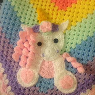 Mantilla Bebe Tejida A Crochet Manta